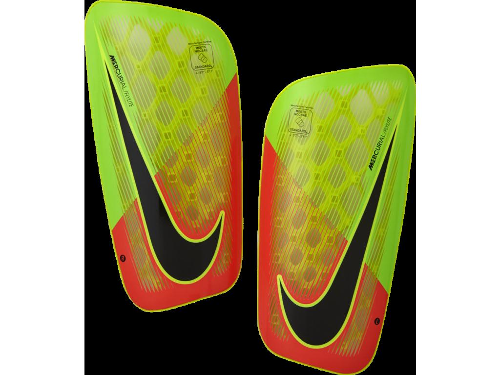 Fotbalové chrániče Nike Mercurial FlyLite